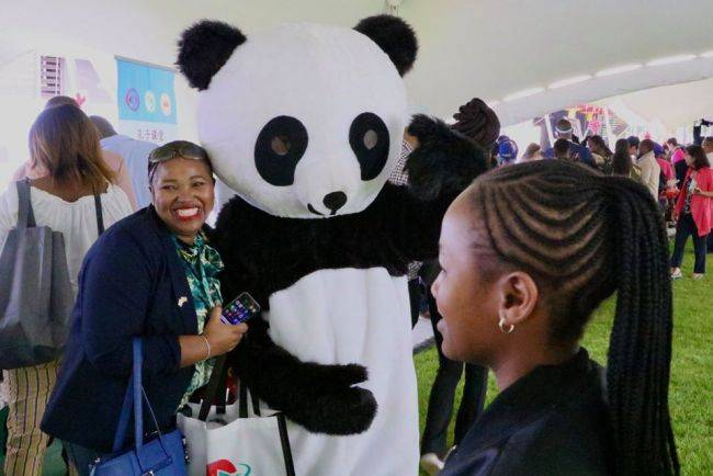 Open day at Chinese Embassy in Pretoria attracts crowd